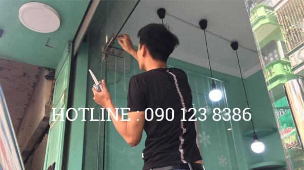 Sửa cửa kính tại Hà Bà Trưng