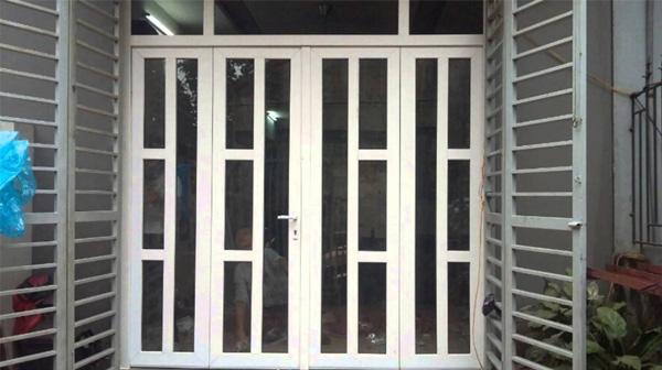 Có nên chọn cửa đi 4 cánh bằng nhựa cho ngôi nhà của bạn không?